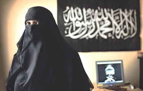 هروب السعودية ريما الجريش وانضمامها لتنظيم داعش في العراق.