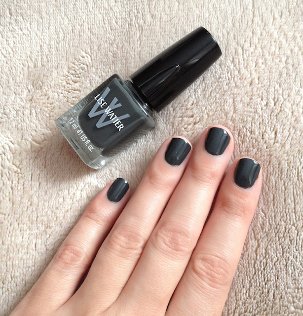 Lise Watier Tartantastique Fall 2013 - Chic Tartan Light Cap Nail Lacquer