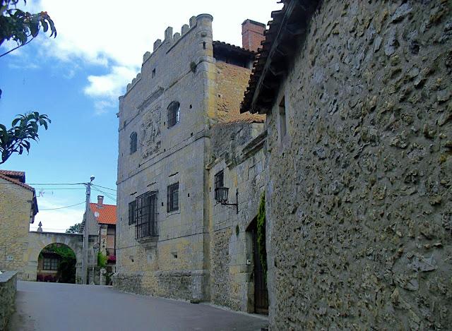 Torre de don Beltran de la Cueva en Queveda