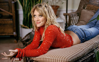 Hilary Duff Wiki and Pics