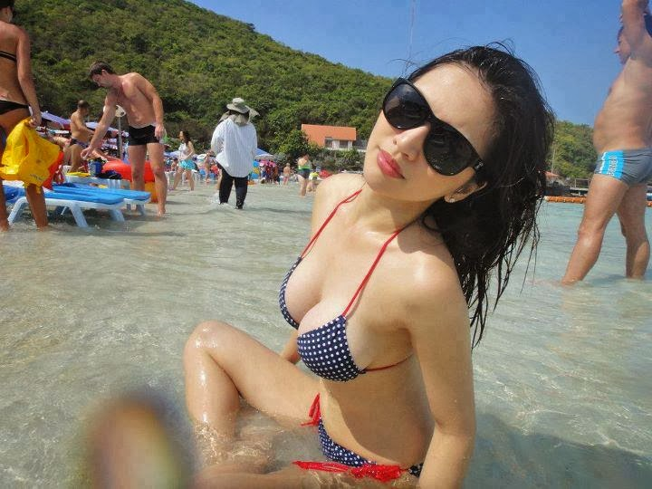asian sexy women in bikini 07