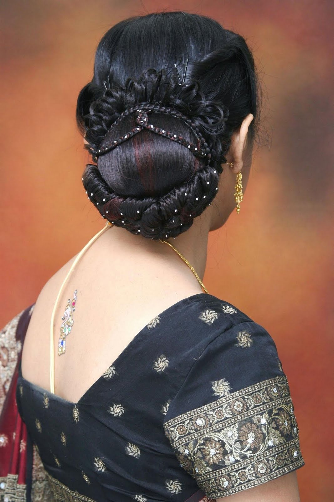 Latest Bridal Hairstyle Indian ~ Bridal Wears
