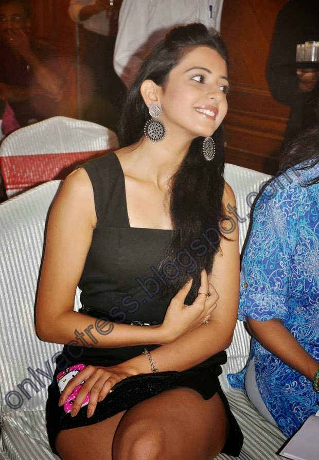 Nice Red tamil actress nude videos