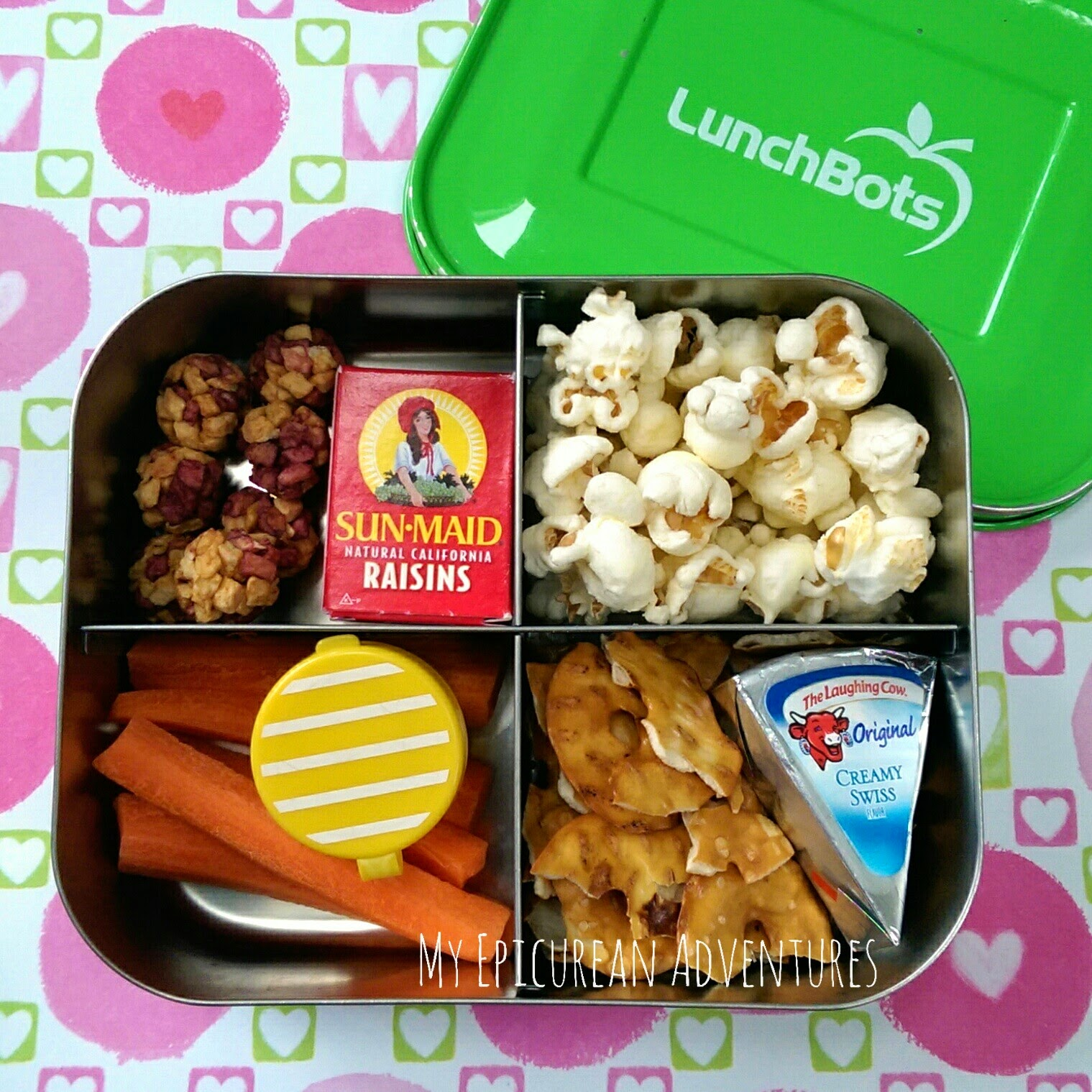 Here's Lunch #29: Last Day of School Snacks in @lunchbots