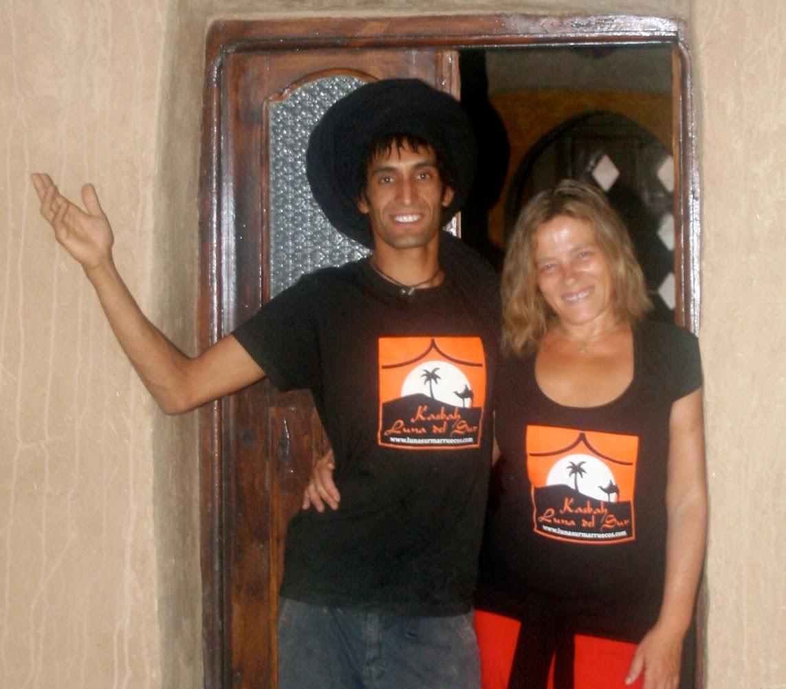 alojamiento en el desierto, merzouga, dunas erg chebbi, felicidad, yoga, viajes a marruecos