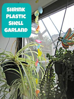 Shrink Plastic Shell Garland