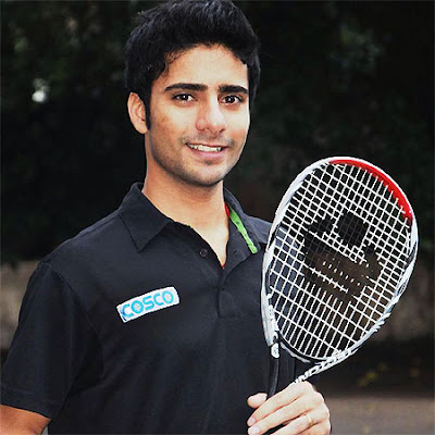 Ravi Dixit, one of the most promising Indian squash players, reportedly offered to sell his kidney for Rs 8 lakh on Sunday.  The 20-year-old squash player, who won gold in the 2010 Asian junior championship, is representing India in next month's South Asian Games, to be held at Guwahati.  He reportedly made the announcement to sell his kidney in a Facebook post, which has been deleted now.