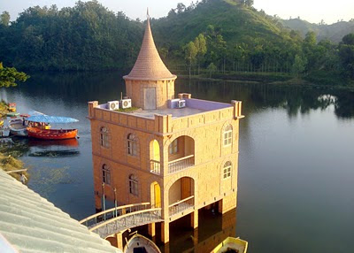 Foy's Lake Bangladesh