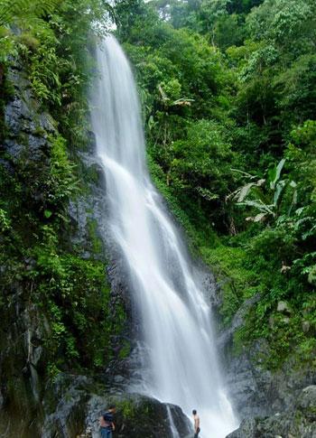 Wisata Alam Buana Tirta: Wisata alam curugcurug di Kab.Karawang
