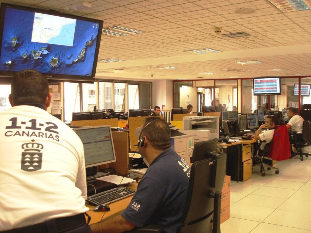 Regi n canarias peri dico digital de canarias el cecoes - Canarias 7 telefono ...