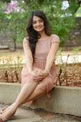 Nikita Narayan latest glam pics-thumbnail-19