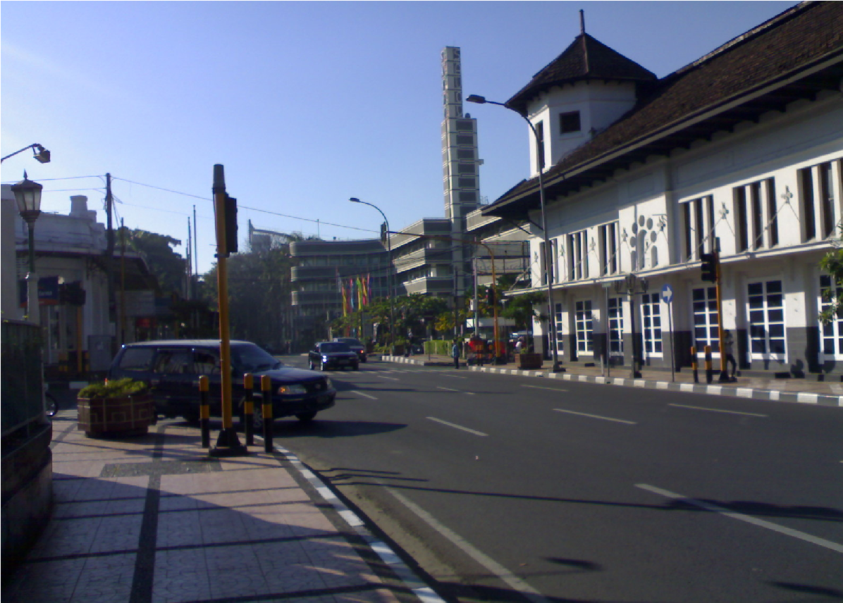 Jalan Asia Afrika, salah satau Tempat Bersejarah di Kota Bandung