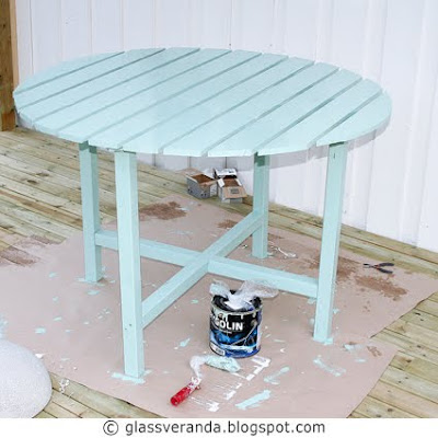Gjør-det-selv/DIY: Et rundt muntert frokostbord til terrassen