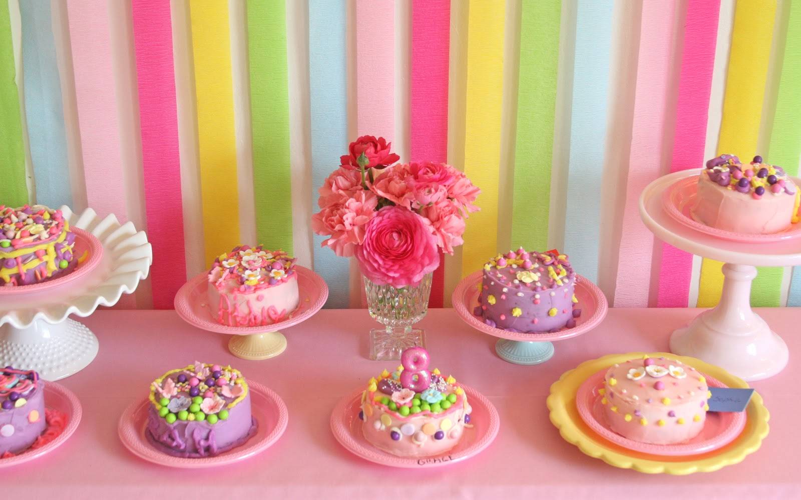 loved seeing all the finished cakes! Each one was so different, and ...