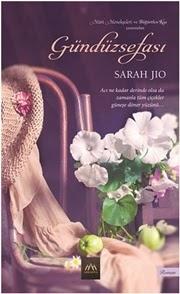 Şu an benim okuduğum kitap (Kbr...)♥