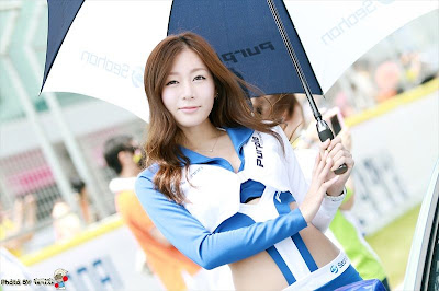 Umbrella Girl Yang Bakalan Bikin Mata Cowok Melotot [update] [ www.BlogApaAja.com ]