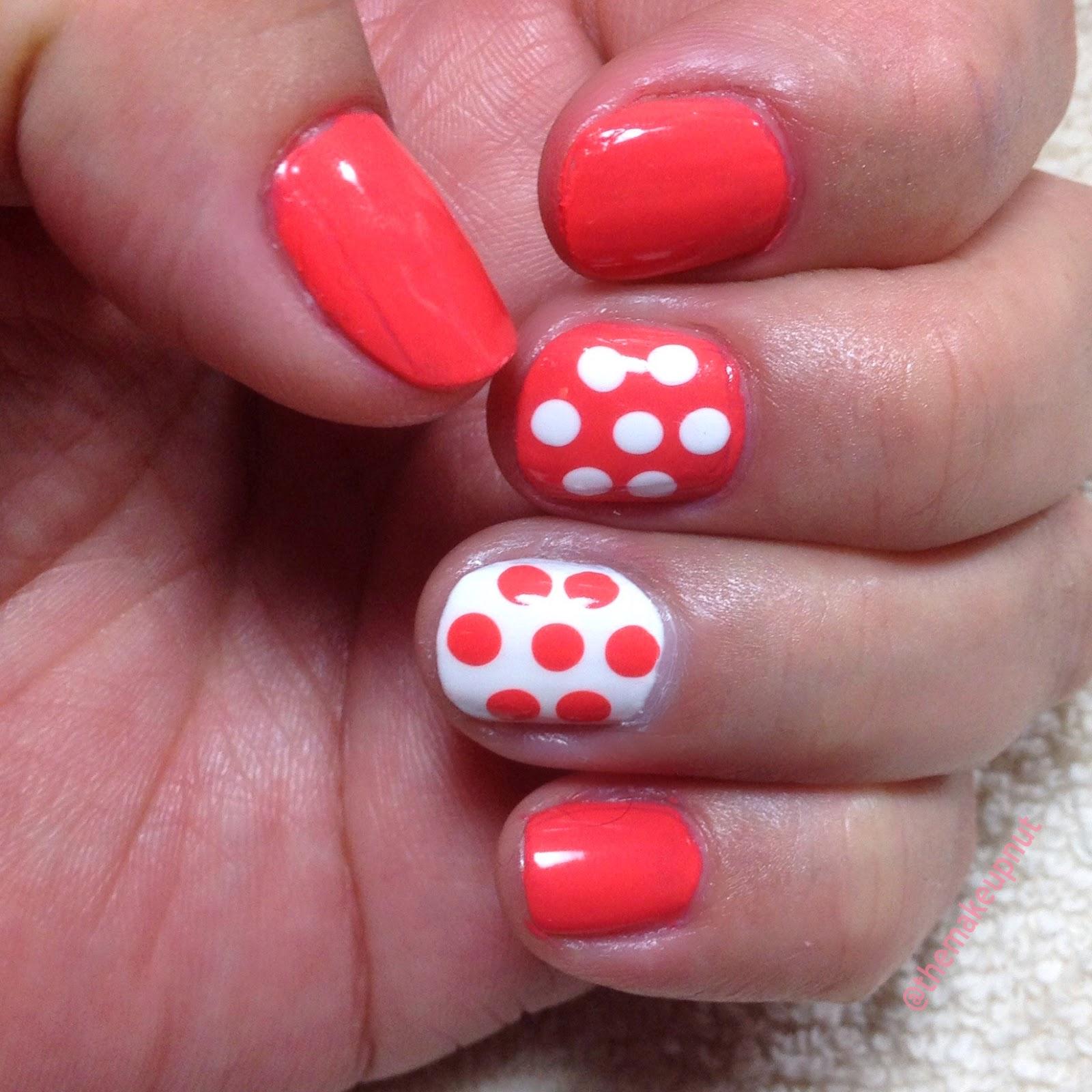 Coral Paradis Nails