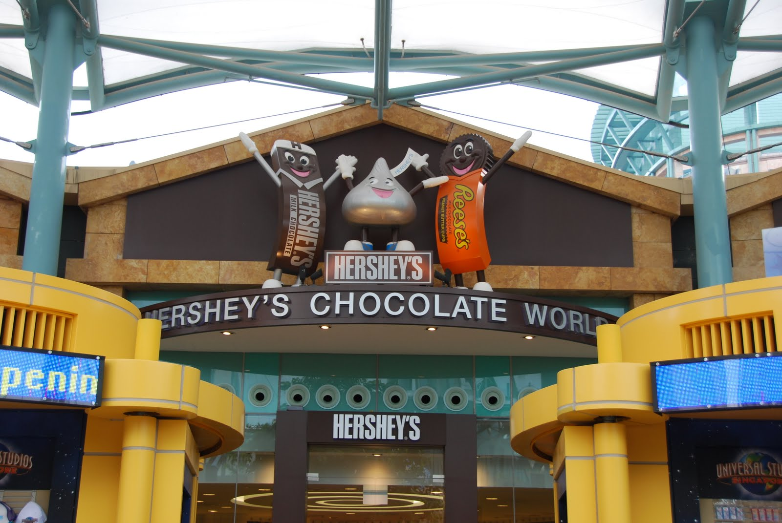 Singapore Weekends: Hershey's Chocolate World