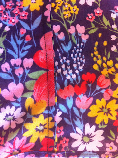 Close-up of French seams on my new Grainline Tiny Pocket Tank