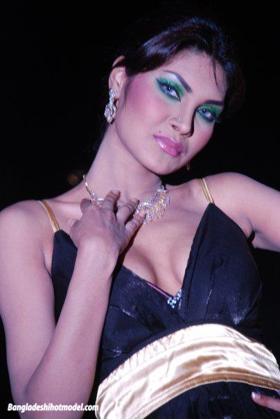 bangla-all-mordel-faking-sex-imge