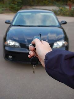 Alarm pada mobil mempunyai peran yang cukup penting sebagai tanda peringatan akan adanya bahaya yang berhubungan dengan mobil