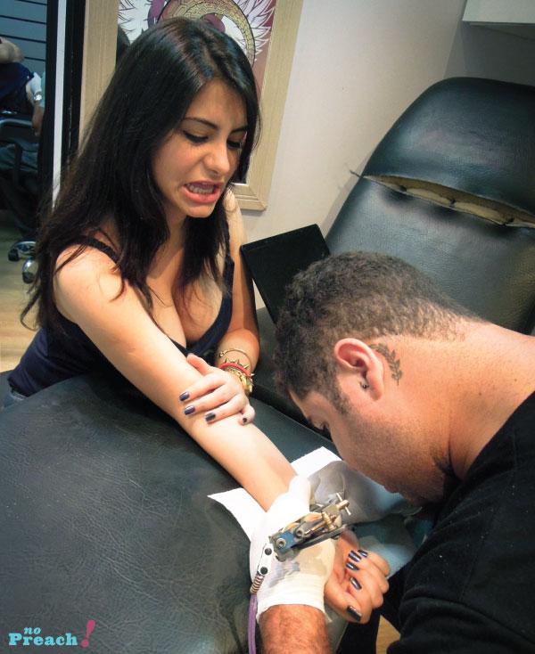 Barbara Urias: Tattoo no pulso