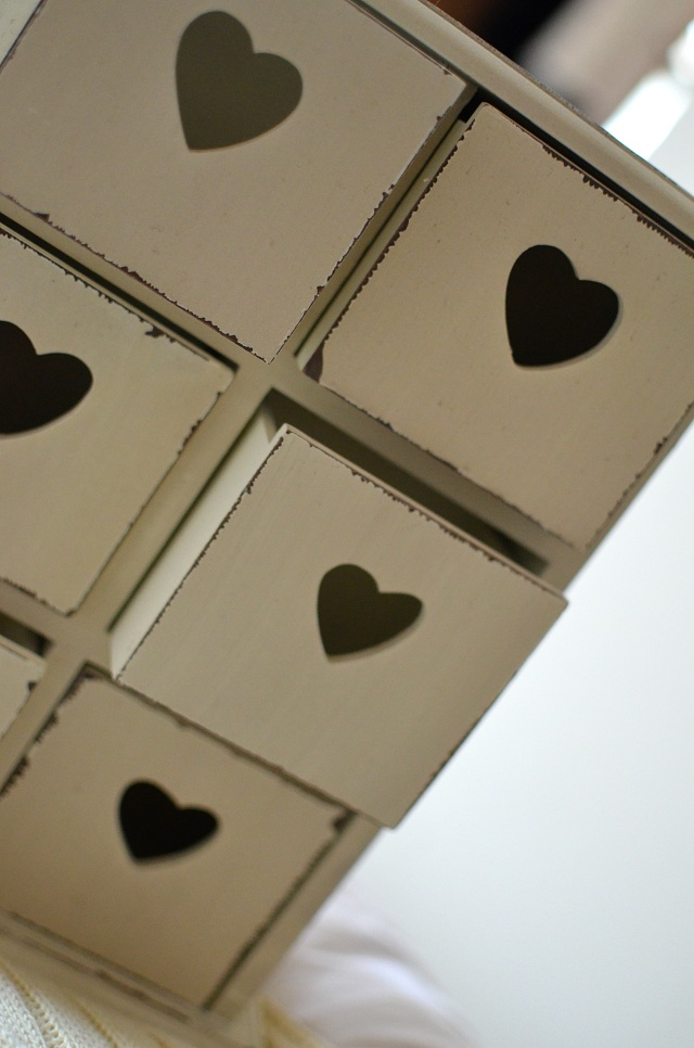 mini-heart-drawers
