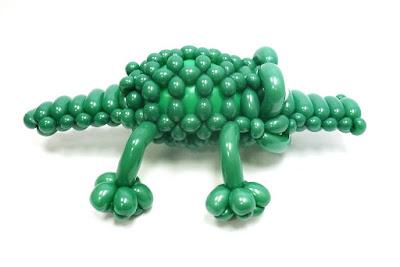 крокодил из воздушных шаров