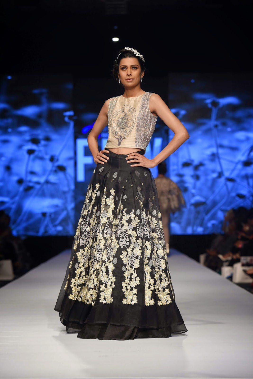 fia in nida azwer crop top voluminous skirt FPW15
