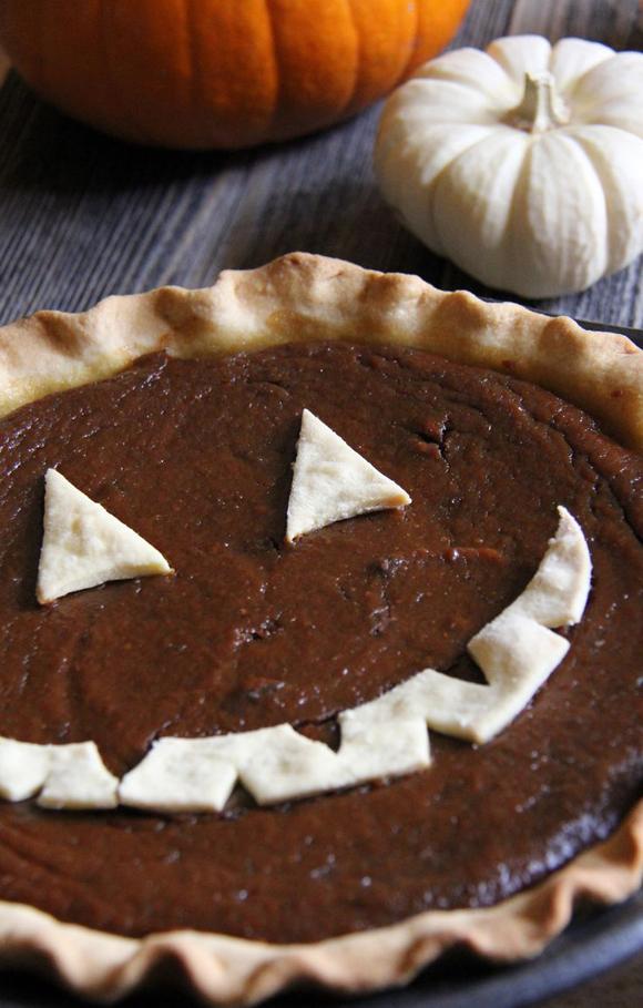Halloween Pumpkin Nutella Pie