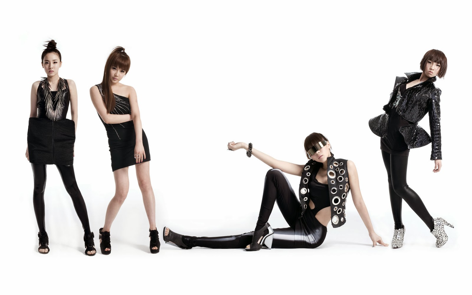 Wallpaper 2NE1 HD