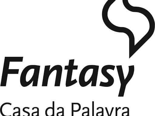 Novidade da Fantasy - Casa da Palavra: escolha a capa de O Inverno das Fadas de Carolina Munhóz