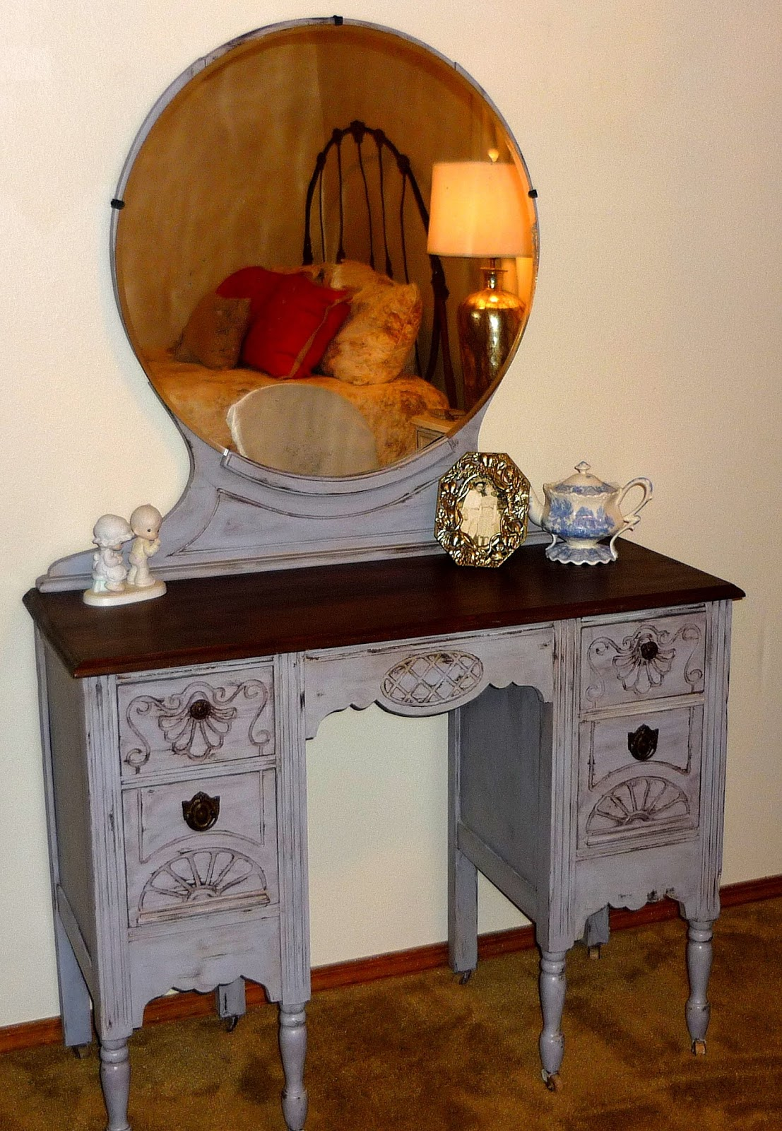 sale vanity furniture o antique zone pieces for