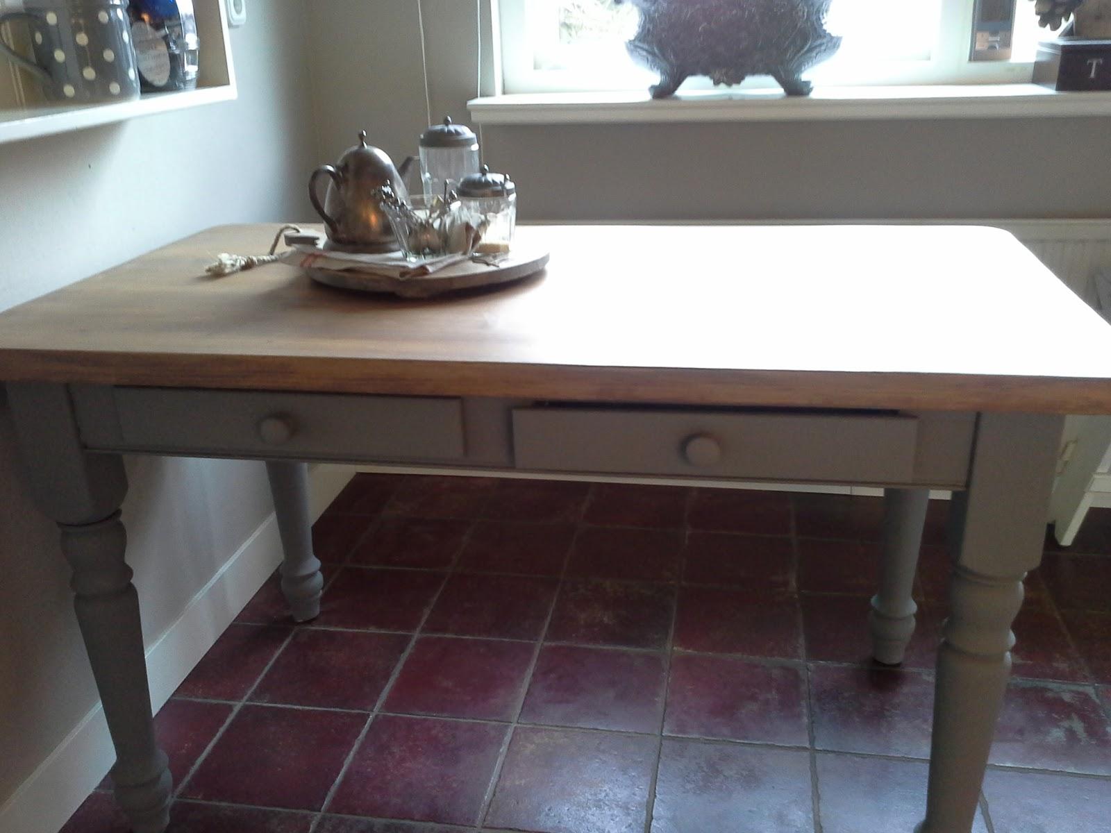 De hortensiatuin de keukentafel for Keukentafel en stoelen