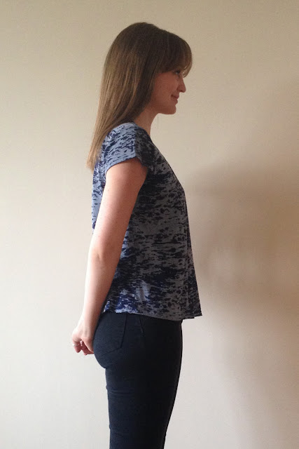 Diary of a Chain Stitcher: Burnout Knit Grainline Scout Tee