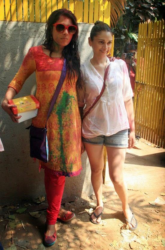 Dia Mirza, Aditi Rao & Others @ Shabana Azmi & Javed Akhtar's Holi bash