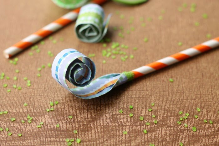 Paper+Straw+Blowers.jpg