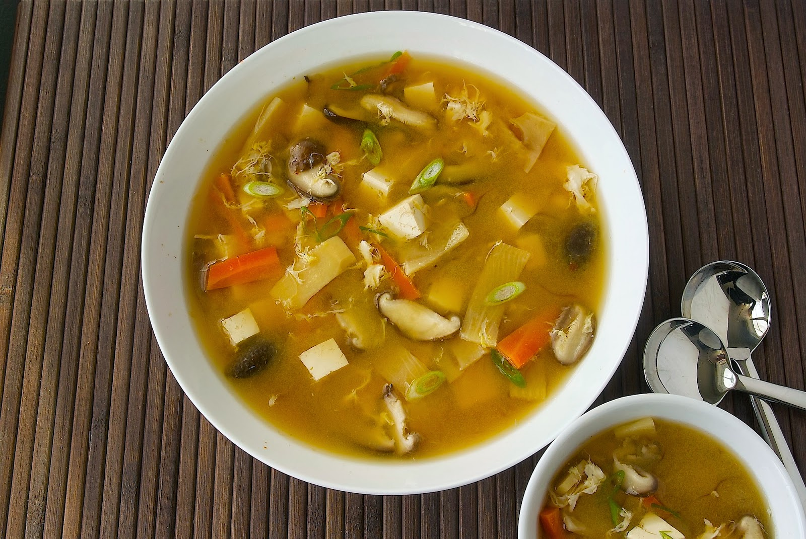 Chinese hot and sour soup - Culinary Ginger