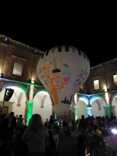 Exito de los Globos de Cantoya de Paracho en la Feria Mundial de Turismo Cultural en Morelia