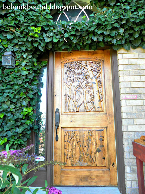 Be book bound a midsummer night 39 s dream a magical home tour for Fairy front door