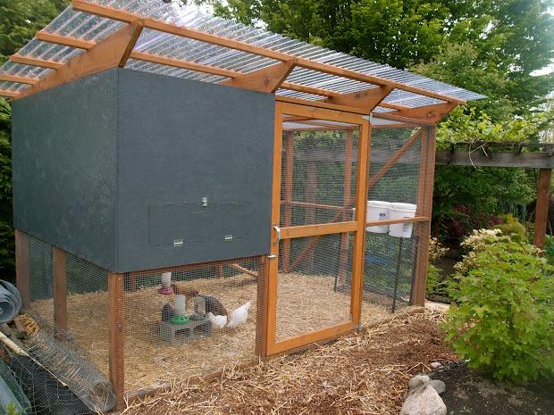 Idea Chicken Co-op Roof