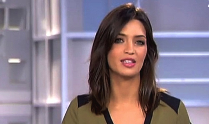 Sara Carbonero Corte De Pelo - Peinados simples para cabello largo y ondulado eHow en