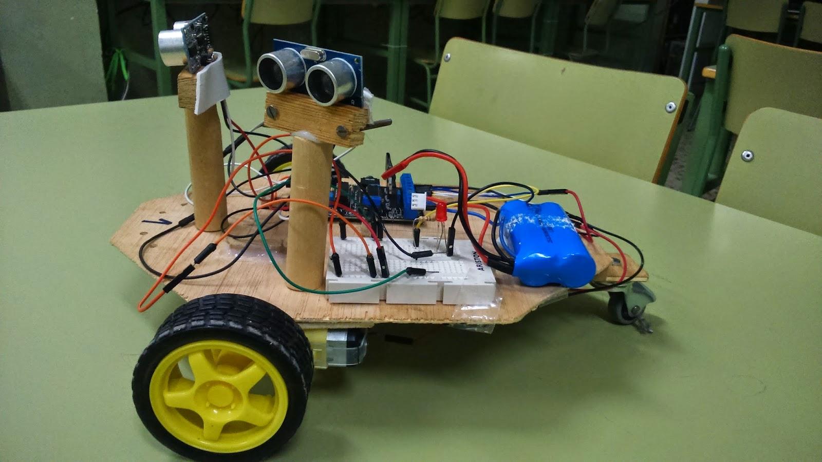 Robot sigue-muros