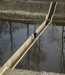 jembatan tenggelam