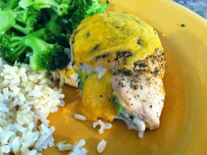 Beachbody, Erin Traill, 21 day fix, recipe, chicken, cheese, transformation, fit mom, broccoli, clean eating stuffed chicken, success story, weight loss