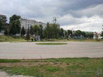 Казанский парк Черное озеро, центральная площадка, здесь ставят елку