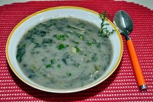 Sopa de inhame com espinafre light