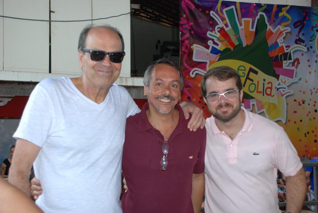 Secretário de Turismo Henrique Carregal entre os subsecretários Ronaldo Fialho e Eduardo Mielke: programação para toda a família