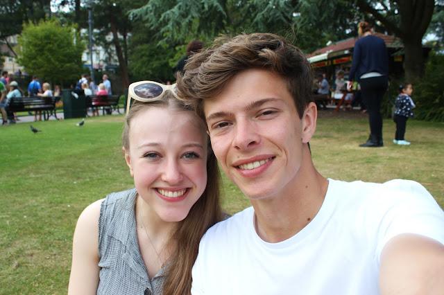 georgina-minter-brown-georgie-frequencies-holiday-bournemouth-birthday-trip-sea-coast-ocean-boyfriend