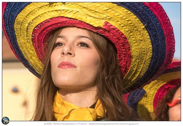 Carnevale cantù ragazza sombrero
